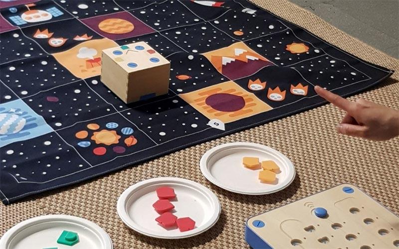 Des ateliers Montessori pour apprendre à coder aux 3 à 6 ans